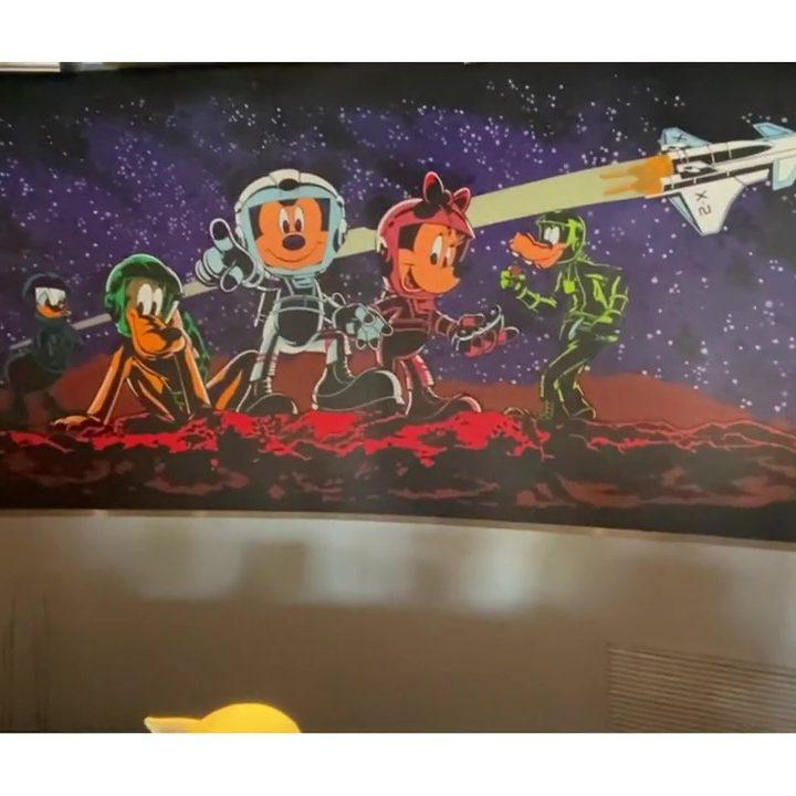 Mission_ SPACE Gift Shop Mural Hidden Mickey Under Minnie's Shoe Walt Disney World Epcot (3)_Moment